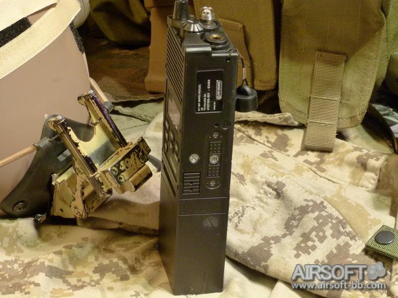 Sistemas de comunicacion PCR148-radio-toysoldier-tactical-workshop-031