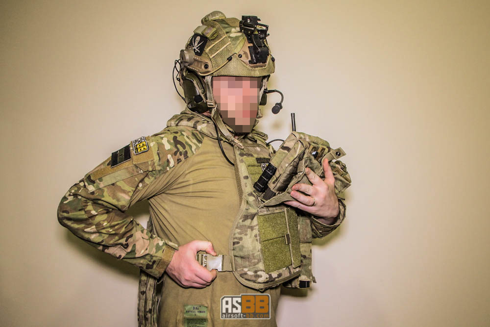 Rothco-MultiCam-MOLLE-Plate-Carrier-Vest-55